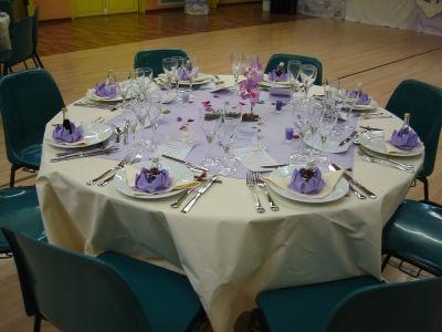 S ' asseoir à une table joliment décorée est un vrai moment de bonheur !Pour moi !et pour vous ?